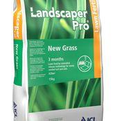 Ingrasamant gazon Landscaper Pro New Grass - 3 luni (15kg) - pentru gazon nou si refacerea celui vechi